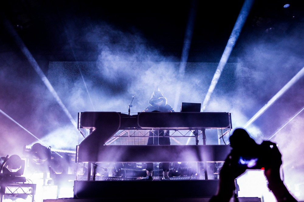 It looks like a Zhu and Tame Impala collaboration may soon materialize