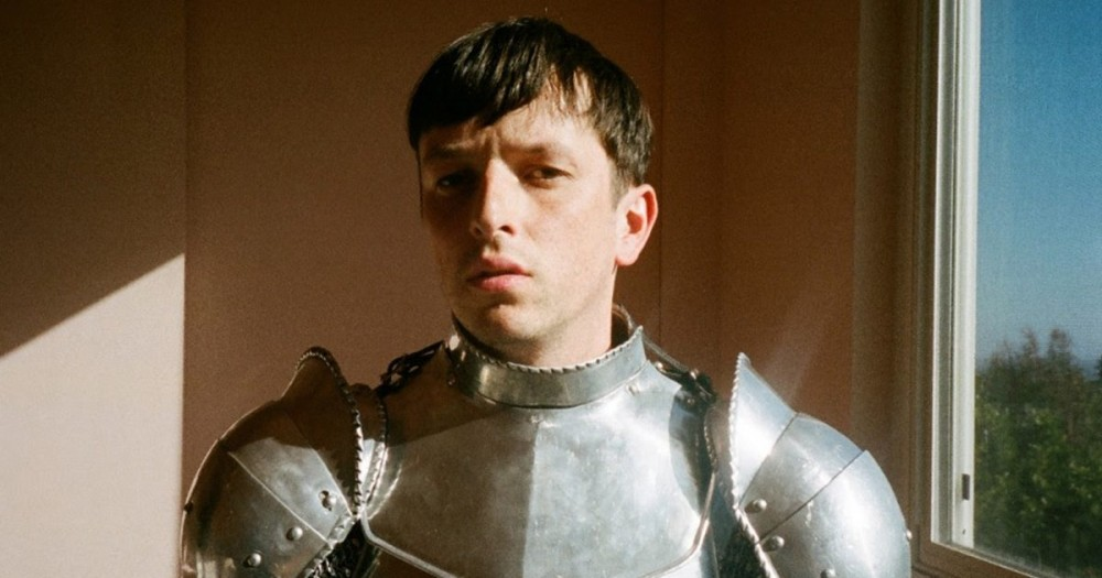 Totally Enormous Extinct Dinosaurs signs to Aussie label and drops single