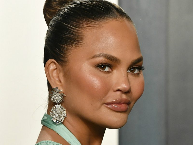 Chrissy Teigen Calls Out Fox News Host for Looking at Photo of Her Breasts