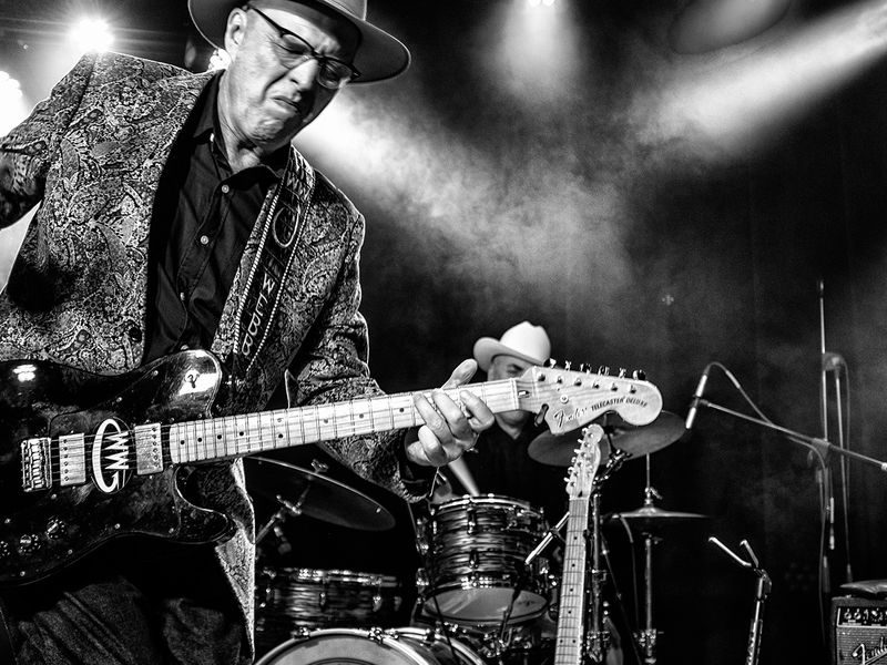 """Roots Rocker Webb Wilder Shares a """"Night Without Love"""" (premiere + interview)"""