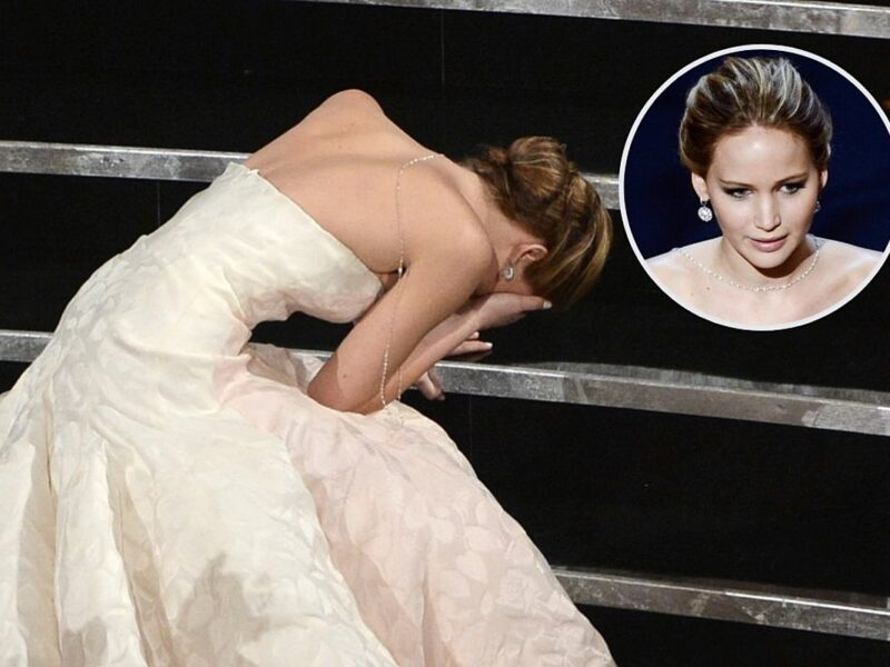 Jennifer Lawrence Confronted Anderson Cooper After He Claimed She Faked Her Oscars Fall