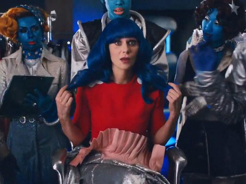 Katy Perry Look-Alike Zooey Deschanel Stars in Pop Star's Cosmic New Music Video: Watch