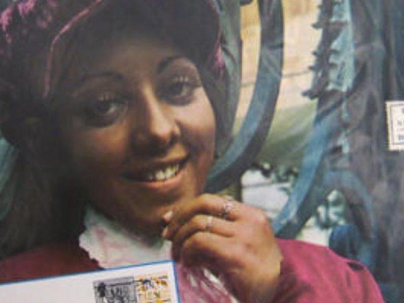 Evinha's 'Cartão Postal': Revisiting the 50-year-old Brazilian Pop-Funk Gem