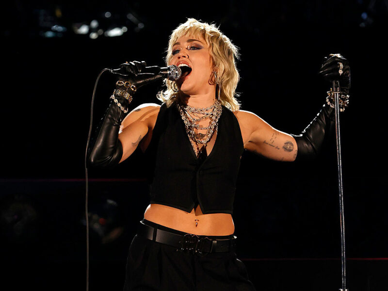 Miley Cyrus Addresses Mid-Concert Panic Attack: 'This Is Very Drastic'