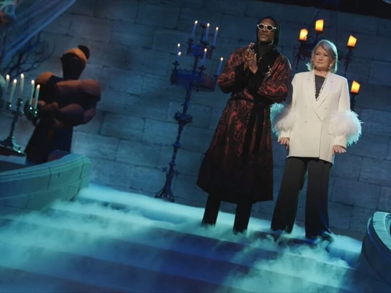 This Halloween Martha Stewart and Snoop Dogg Want You to Get Baked — Sorry, Baking!